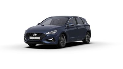 Front side view of the new Hyundai i30 in the colour Stellar Blue.