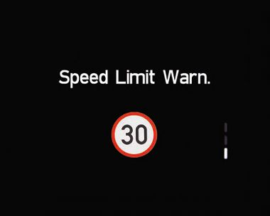 Illustration of the Hyundai i30 Intelligent Speed Limit Warning (ISLW).